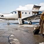 Jetfly propone la formula della co-ownership. A seconda della quota di possesso, si ha diritto a un corrispettivo in ore di volo nel corso dell'anno. La compagnia garantisce la disponibilità di un aeromobile 365 giorni all'anno in 2.300 destinazioni con un preavviso di 36 ore.