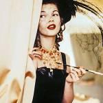 Kate Moss in Blumarine (Pamela Hanson, «Vogue Italia», 1992).