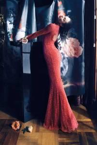 La modella sudafricana Candice Swanepoel fotografata dall'obbiettivo di Camilla Akrans (a/i 2013-14).