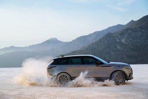 la nuovissima Range Rover Velar.