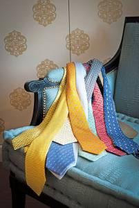 Tra le tantissime cravatte, questa è una  parte della collezione firmata Hermès.