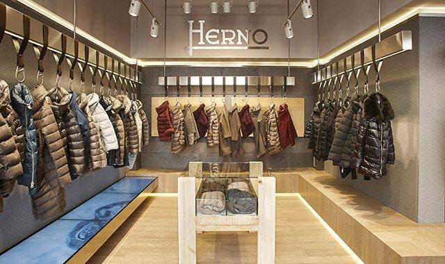 HERNO-Milano-New-Opening---n1