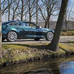 Jaguar XJ, versatile per natura
