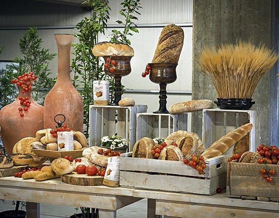 Molini Lario è l'esempio della migliore molitura contemporanea. Su Arbiter di agosto 2019, il servizio a loro dedicato, scritto da Andrea Grignaffini, con le fotografie di Stefano Triulzi